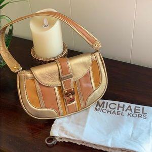 Michael Kors vintage shoulder purse excellent